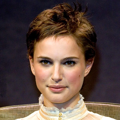natalie portman short hair pictures. Natalie Portman (Gemini):